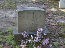"Margaret Mae ""Maggie"" <I>Cave</I> Avery"