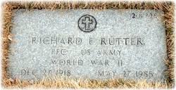 Richard E Rutter