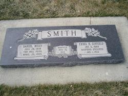 Emma Hannah <I>Sinfield</I> Smith