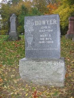 """Mary Susan """"Suze"""" <I>Delawter</I> Bowyer"""