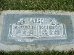 Doris Vivian <I>Hufford</I> Larson