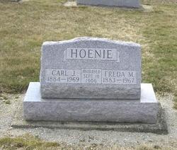 Freda M <I>Clott</I> Hoenie