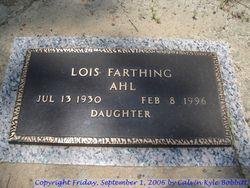 Lois Farthing