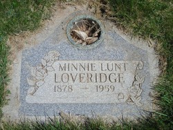 Minnie Ann <I>Lunt</I> Loveridge