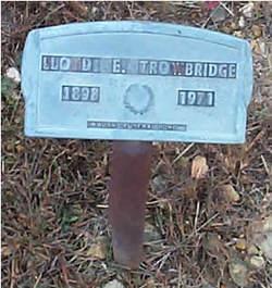 Lloyd E Trowbridge