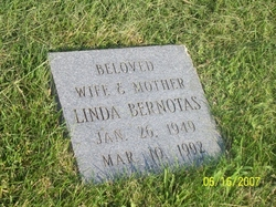 Linda Bernotas