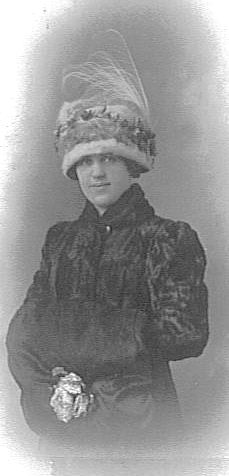 Bessie Isobel <I>Pierce</I> Baier