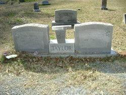 Willie Battie <I>Wesson</I> Taylor
