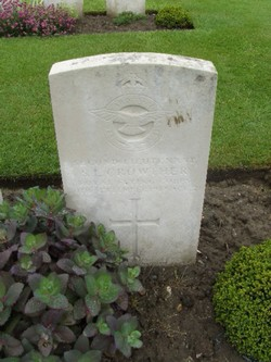 Second Lieutenant Stanley Lorne Crowther