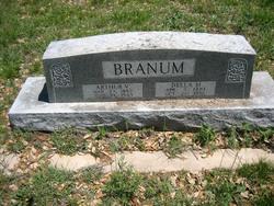 Della Mae <I>Daniel</I> Branum