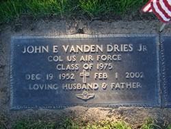 Col John E Vandendries, Jr