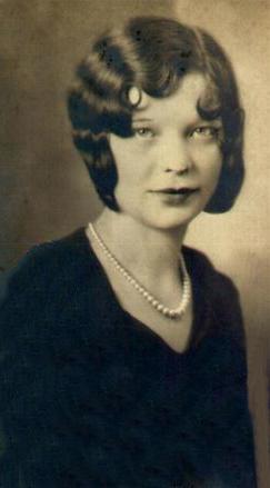 Mary Violet <I>Manuel</I> Amptman