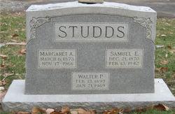 "Walter P ""Buster"" Studds"