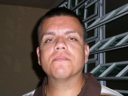 Carlos  Pérez Jr.