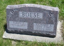 Richard E Boese
