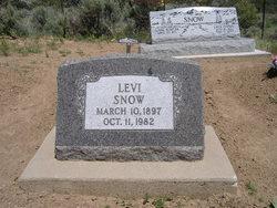 Levi Snow