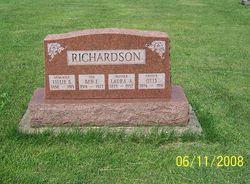Laura Anna <I>Estes</I> Richardson