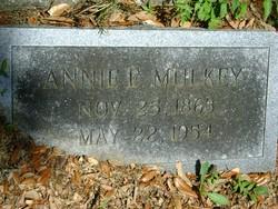 Annie E Mulkey