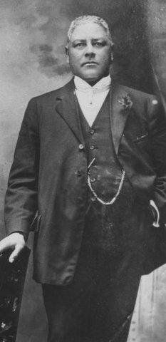 Capt William T. Shorey