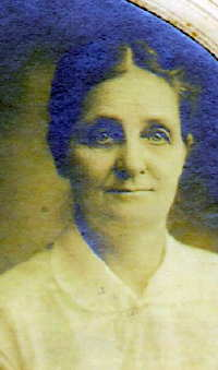 "Margaret Charlotte ""Maggie"" <I>Edwards</I> Brooks"