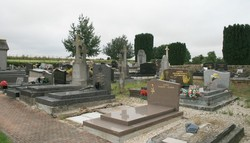 Raillencourt communal cemetery