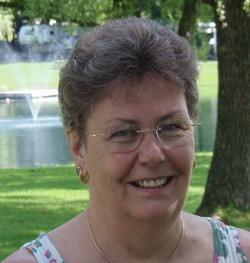 Elsie Scharpf Saar