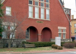 Bardstown Courthouse Square