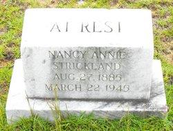 """Nancy Ann """"Annie"""" <I>Dearman</I> Strickland"""