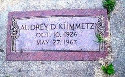 Audrey D Kummetz