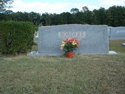 Berlie L. <I>Gillespie</I> Borders