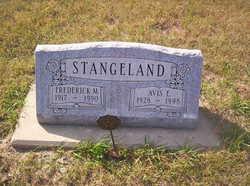 Avis E. Stangeland