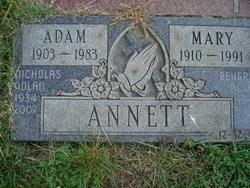 Adam Annett
