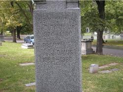 Lewellyn D Davis, Jr