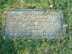 Betty J Cunningham