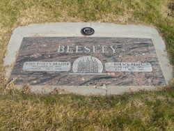 Mary Roslyn <I>Brazier</I> Beesley