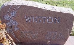 Ruth Thompson I Aten Wigton