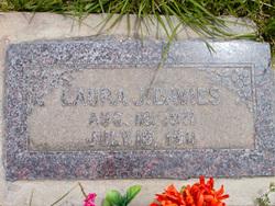 Laura Jane <I>Henderson</I> Davies