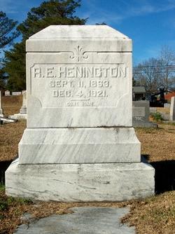 "Robert Edward ""Edd"" Henington"