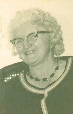 "Mary Oveda ""Bonnie"" <I>Davis</I> Thompson"