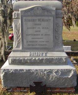 Robert W. Hunt