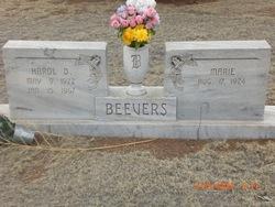 Harold D Beevers