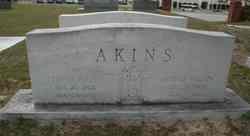 Floyd Amos Akins