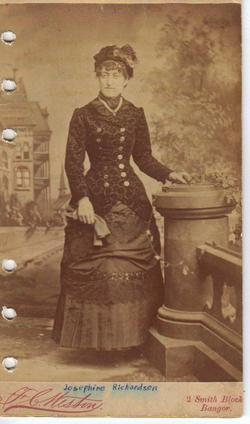 "Josephine M. ""Gargie"" <I>Richardson</I> Gilbert"