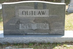 "Hattridge ""Hattie"" <I>Reynolds</I> Outlaw"