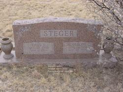 """Jacqueline """"Jacque"""" <I>Carr</I> Steger"""