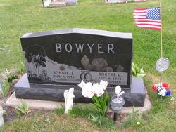 Bonnie J Bowyer