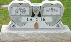 Ionia <I>Longino</I> Latour
