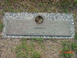 Janice Aggie <I>Winkler</I> Williams
