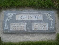Josephine Louise <I>Tuckett</I> Roundy