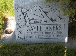 Gayle Duane Akers